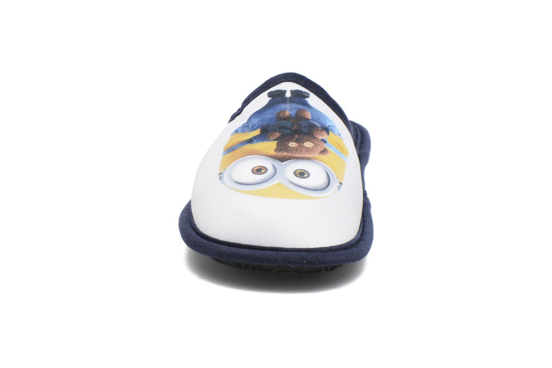 Chaussons Minions Macao Bleu vue portées chaussures