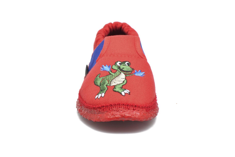 Chaussons Giesswein Altenau Rouge vue portées chaussures