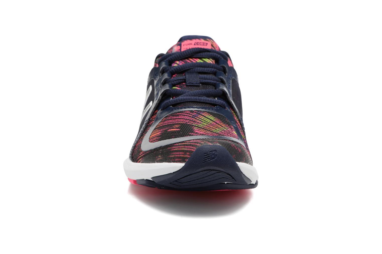 Chaussures de sport New Balance WX77 Bleu vue portées chaussures