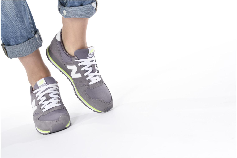 Sneakers New Balance WRL420 Lilla se forneden