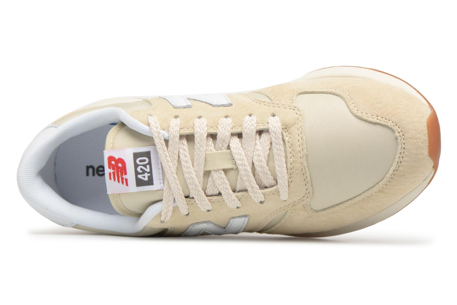 Trainers New Balance WRL420 Beige view from the left