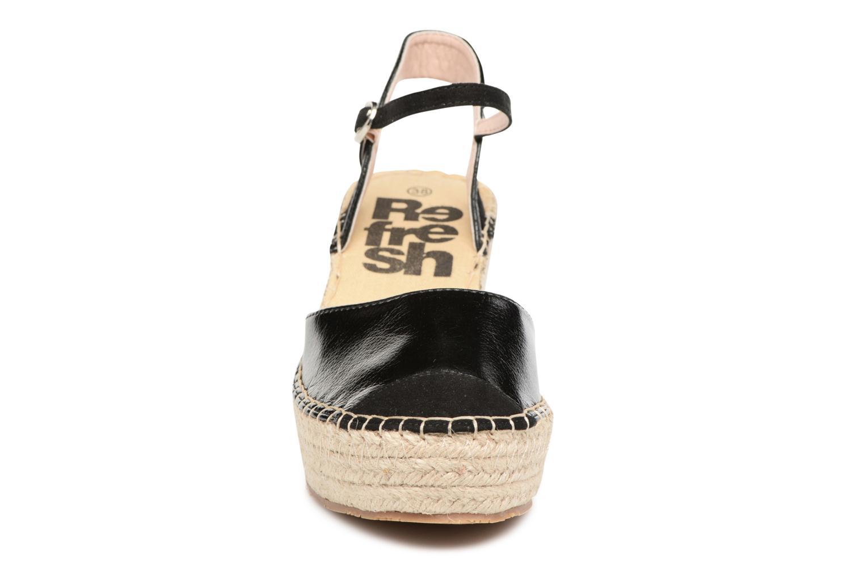 Sandali e scarpe aperte Refresh Majan Nero modello indossato