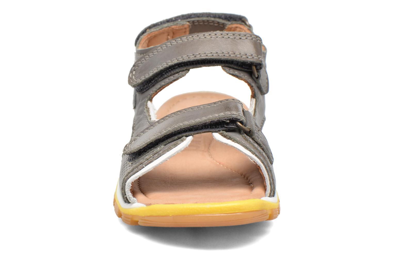 Sandales et nu-pieds Bisgaard Steen Gris vue portées chaussures