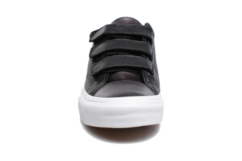 Baskets Vans Prison Issue 2 Noir vue portées chaussures