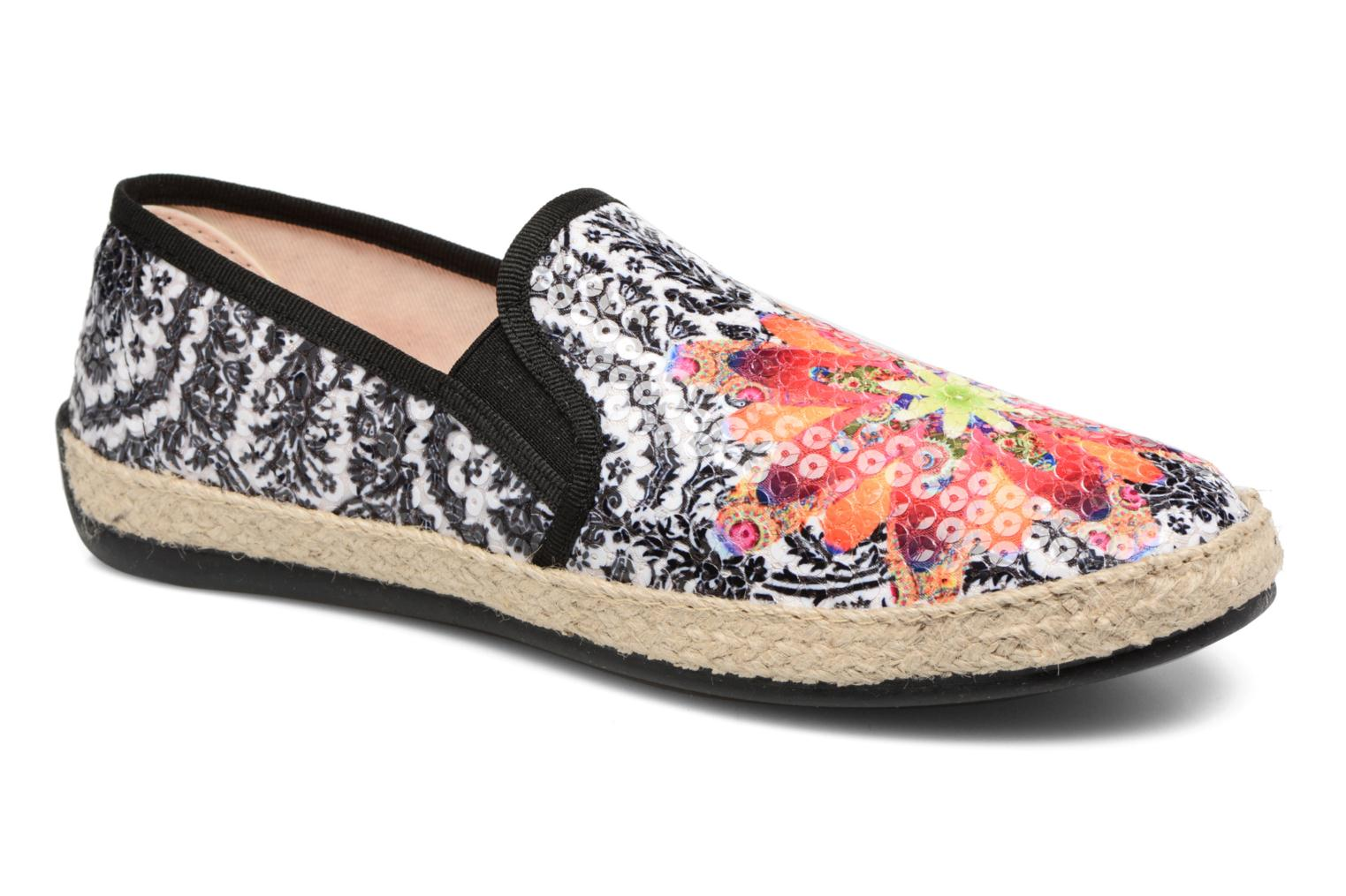 SHOES_TAORMINA Save Queen Black