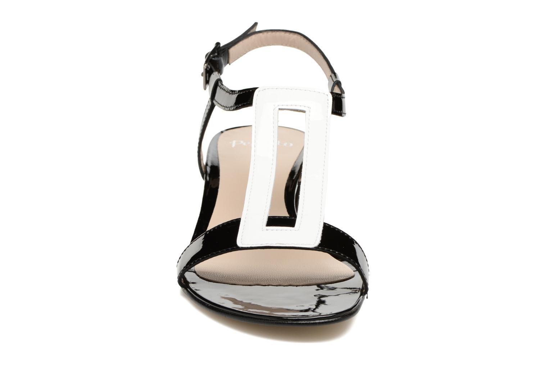 Sandali e scarpe aperte Perlato Miralina Nero modello indossato