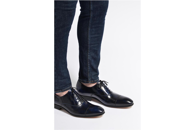 Snörade skor Marvin&Co Luxe Parado Vinröd bild från under