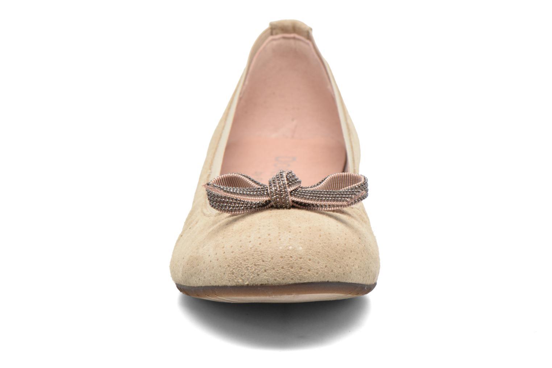Ballerines Dorking Telma 7081 Beige vue portées chaussures
