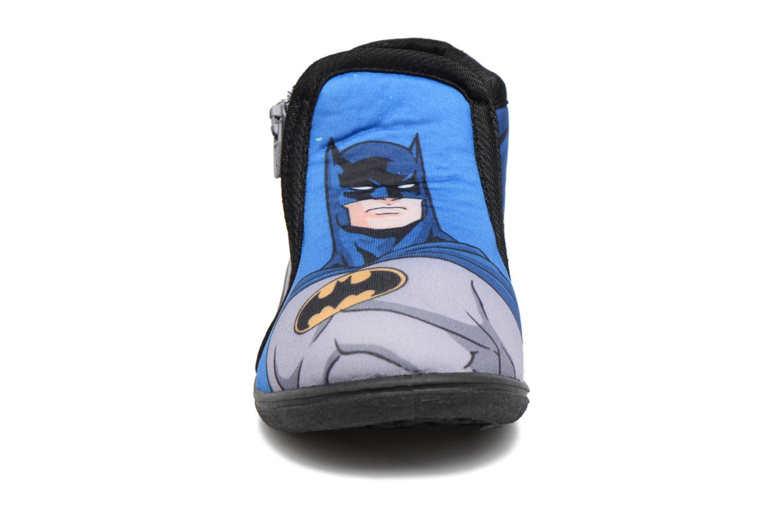 Pantofole Batman Bat Bilien Grigio modello indossato