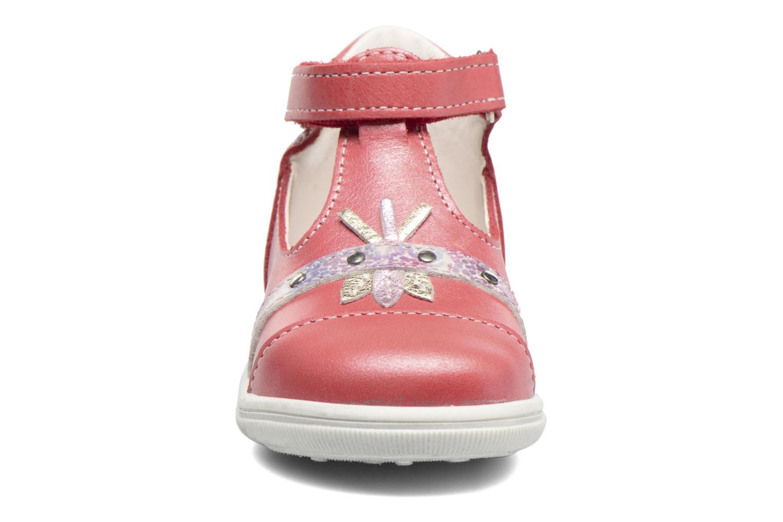 Sandales et nu-pieds Bopy Zolita Rouge vue portées chaussures