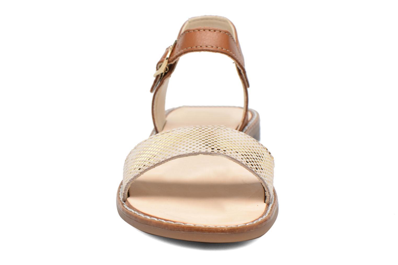 Sandales et nu-pieds Bopy Epouf Marron vue portées chaussures