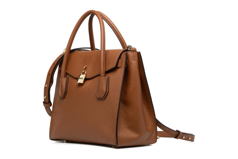 Bolsos de mano Michael Michael Kors MERCER LG ALL IN ONE BAG Marrón vista del modelo