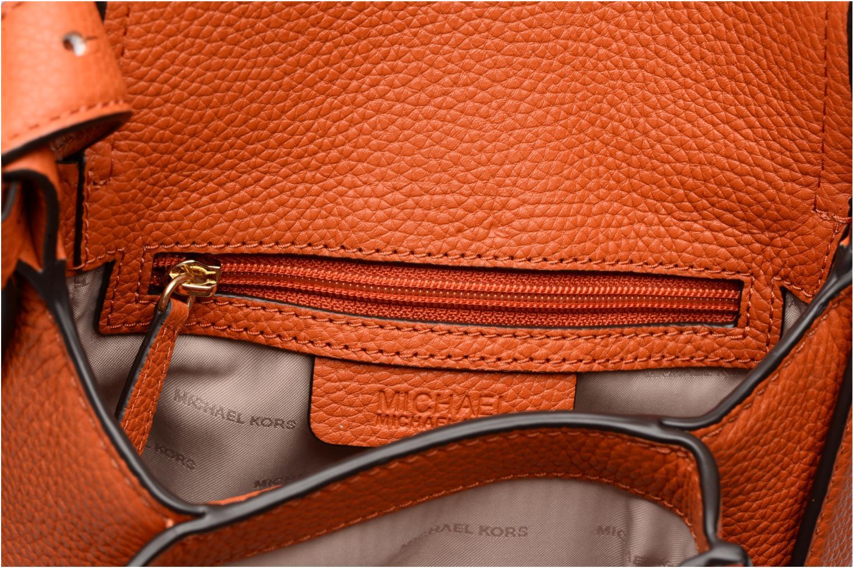 Bolsos de mano Michael Michael Kors MAXINE MD SADDLE BAG Naranja vistra trasera