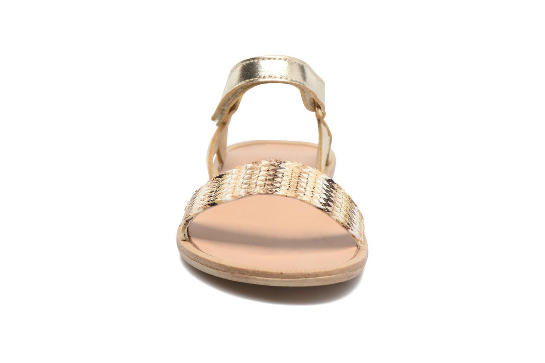 Sandales et nu-pieds Melania Valentina Or et bronze vue portées chaussures