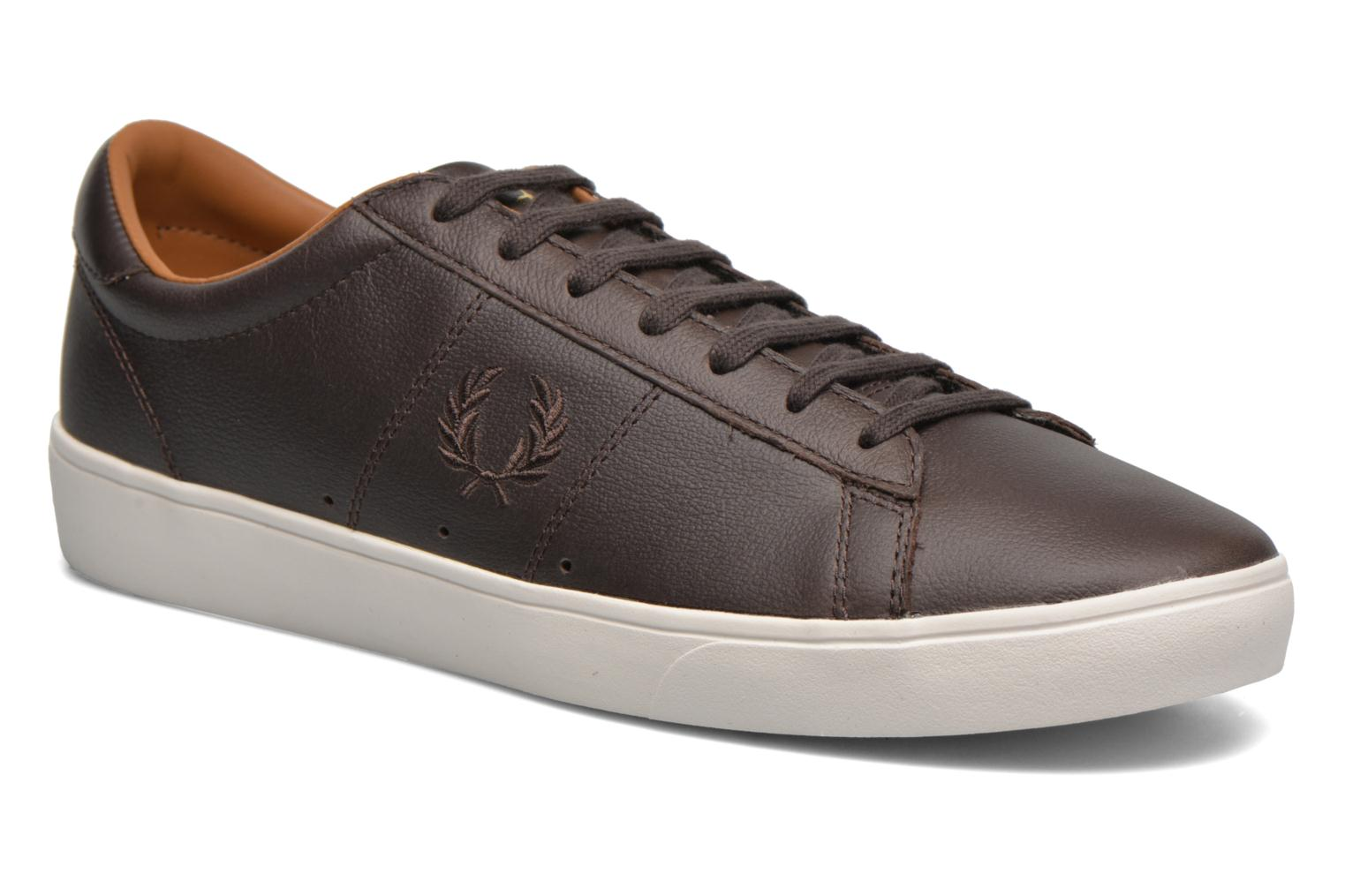 Baskets Fred Perry Spencer Tumbled Leather Marron vue détail/paire