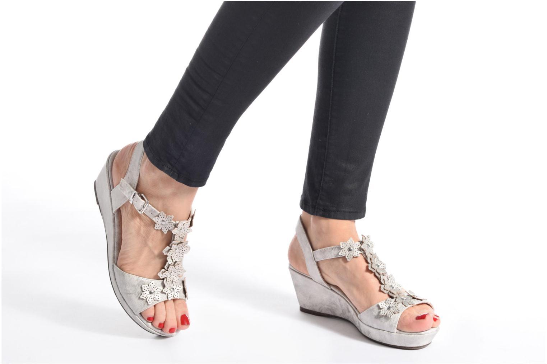 Sandales et nu-pieds Madison Esabela Noir vue bas / vue portée sac