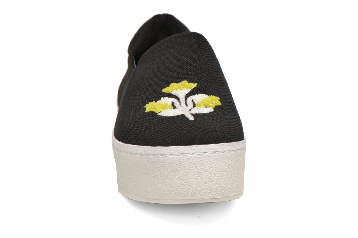 Baskets Opening Ceremony Cici Broidery Noir vue portées chaussures