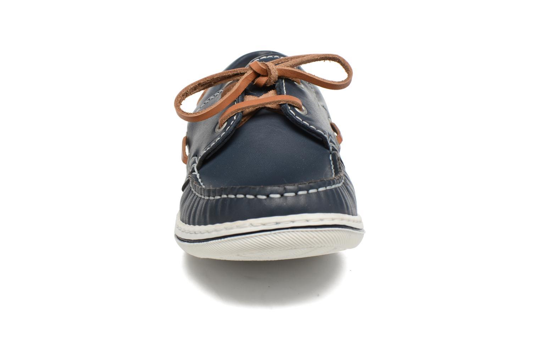 Scarpe con lacci Pablosky Conrado Azzurro modello indossato
