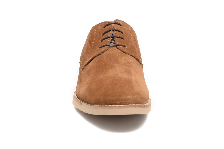 Chaussures à lacets Redskins Feodal Beige vue portées chaussures