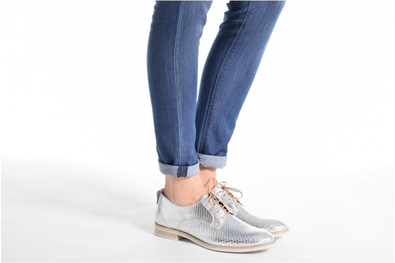 Chaussures à lacets Georgia Rose Nitrou Noir vue bas / vue portée sac