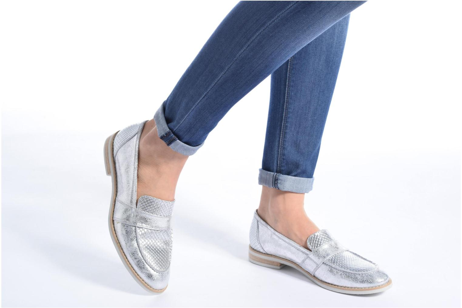 Loafers Georgia Rose Ninarck Silver view from underneath / model view