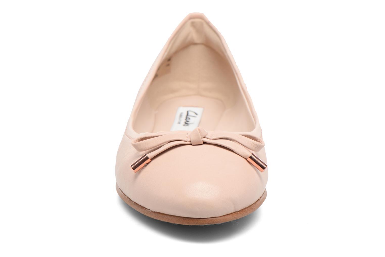Ballerines Clarks Grace Lily Rose vue portées chaussures