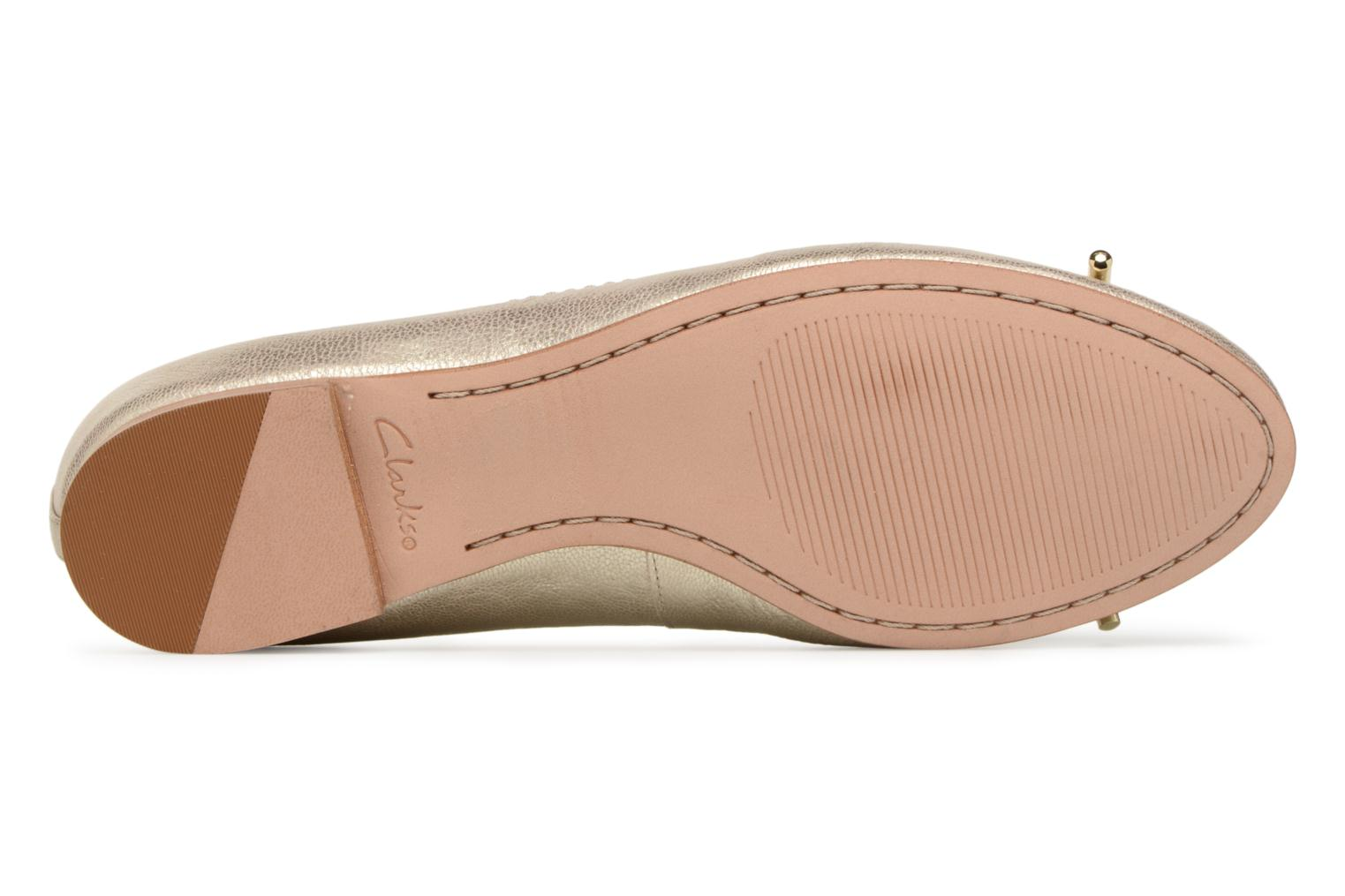 Ballet pumps Clarks Grace Lily Bronze and Gold view from above