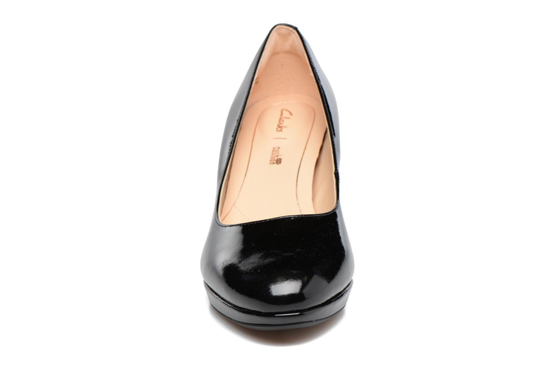 Escarpins Clarks Kelda Hope Noir vue portées chaussures