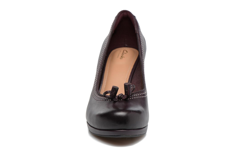 Escarpins Clarks Chorus Bombay Violet vue portées chaussures