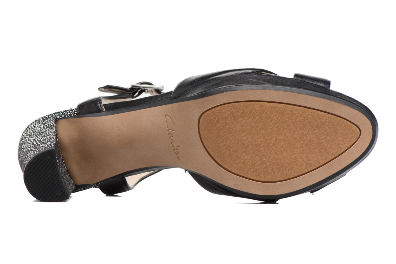 Sandales et nu-pieds Clarks Kendra Petal Noir vue haut