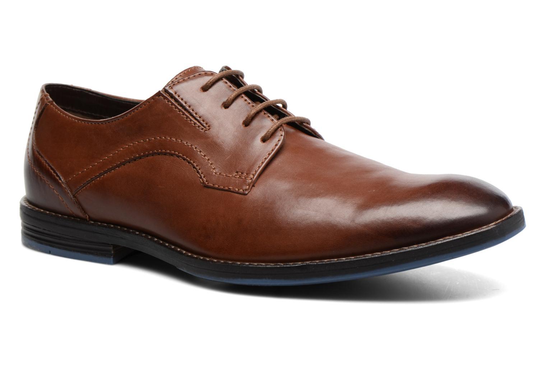 Zapatos con cordones Clarks Prangley Walk Marrón vista de detalle / par