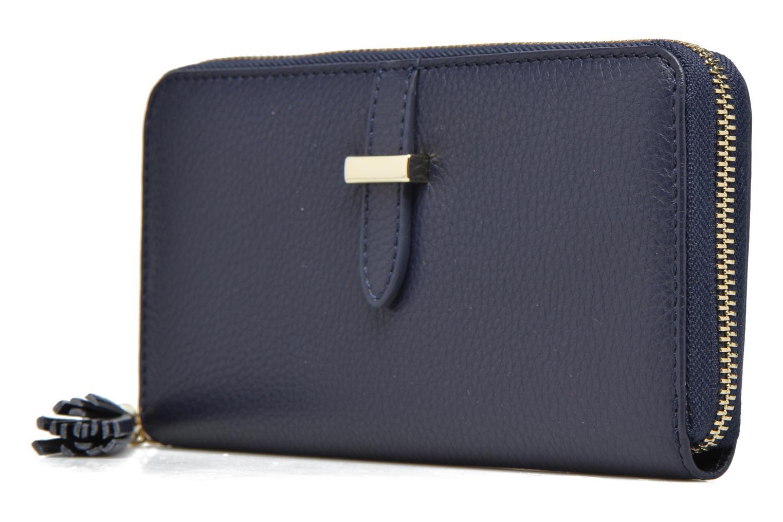 Petite Maroquinerie Le Tanneur CAPUCINE Porte-monnaie long zippé Bleu vue portées chaussures