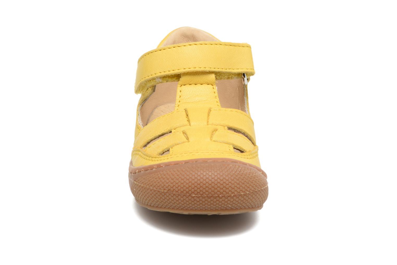 Bottines d'été Naturino Camilla 3997 Jaune vue portées chaussures