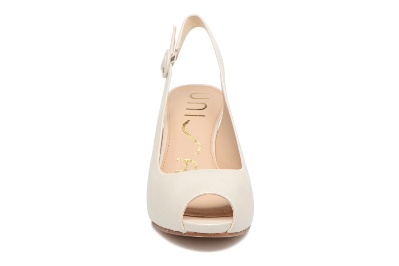 Escarpins Unisa Neno Blanc vue portées chaussures