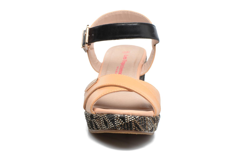 Sandali e scarpe aperte Les Tropéziennes par M Belarbi Gatiela Beige modello indossato