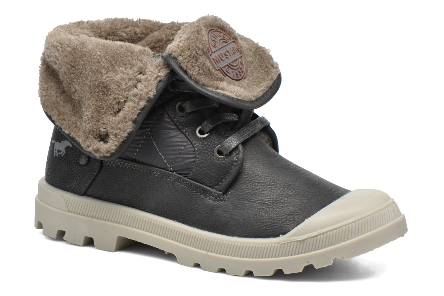 Ankle boots Mustang shoes Amalia Grey detailed view/ Pair view