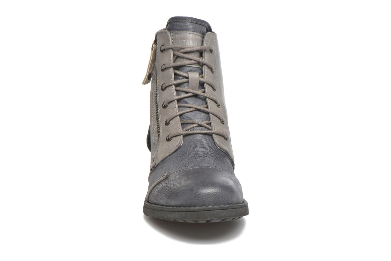 Stiefeletten & Boots Mustang shoes Axelle grau schuhe getragen