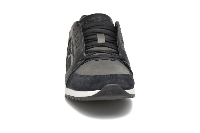 Baskets Diesel S-Fleett Noir vue portées chaussures