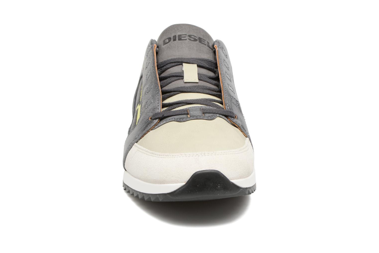 Baskets Diesel S-Fleett Gris vue portées chaussures