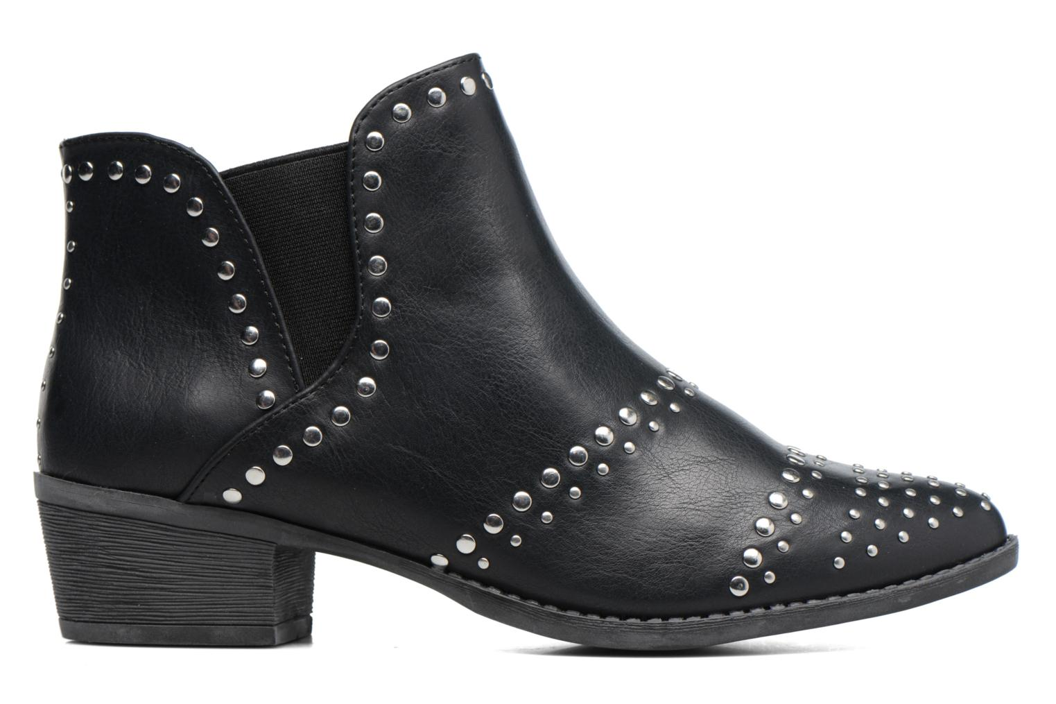 Avril Stud Black