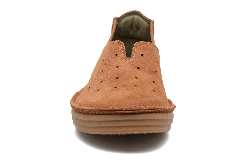 Slipper El Naturalista Ricefield NF88 braun schuhe getragen