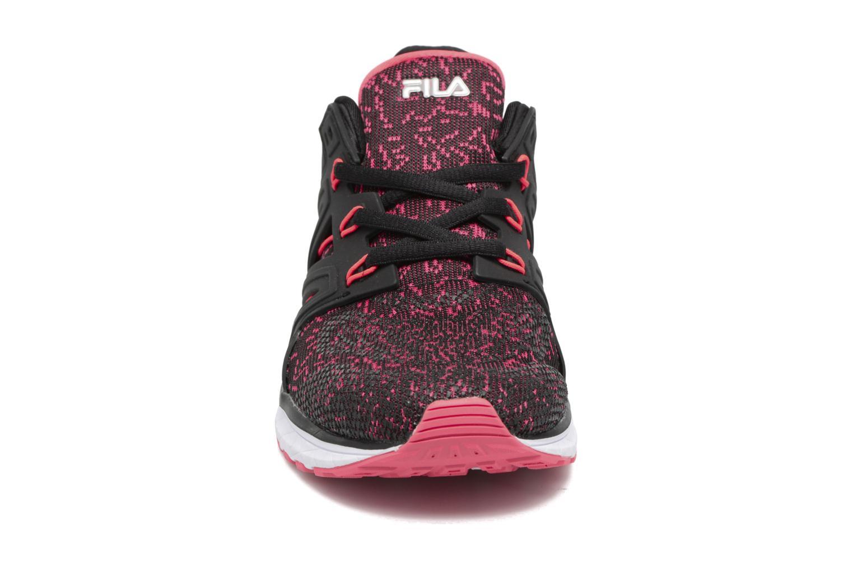 Baskets FILA Topic F Low Wmn Noir vue portées chaussures