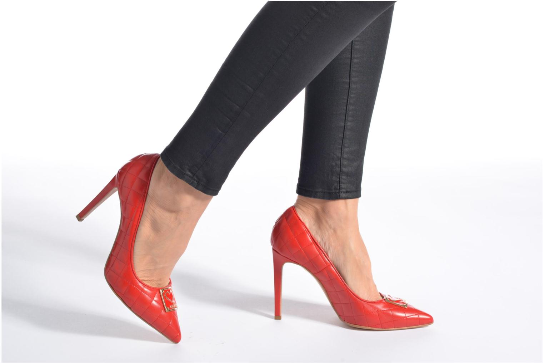 Escarpins Love Moschino Sperquilted Pump Rouge vue bas / vue portée sac