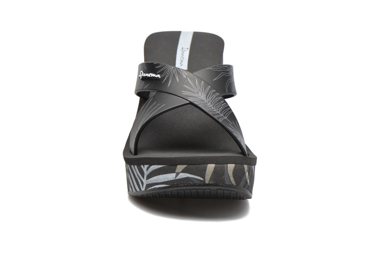Mules et sabots Ipanema Lipstick Straps III Noir vue portées chaussures
