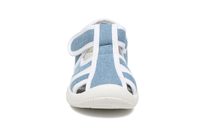 Sandales et nu-pieds Canguro New Born Lola Bleu vue portées chaussures