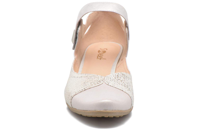 Sandals Sweet Dibou White model view