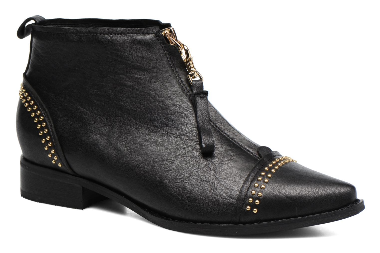 Anna Studs Leather Black 110