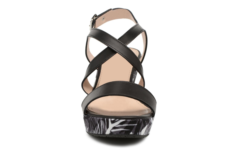 Sandali e scarpe aperte JB MARTIN Dayane Nero modello indossato
