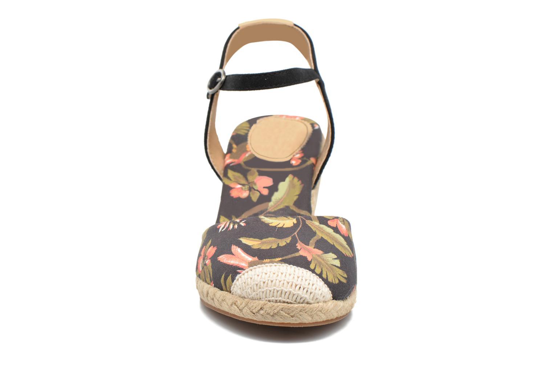 Sandales et nu-pieds Pepe jeans Kinney Parrot Noir vue portées chaussures