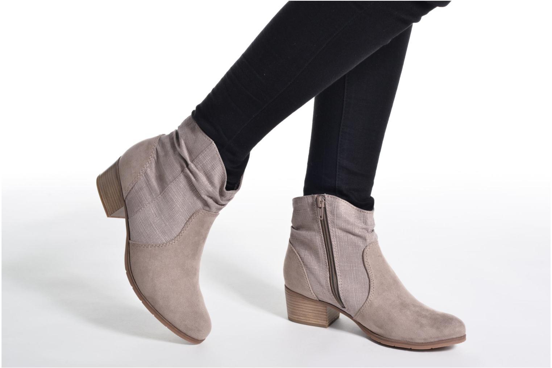 Bottines et boots Jana shoes Lorena Marron vue bas / vue portée sac